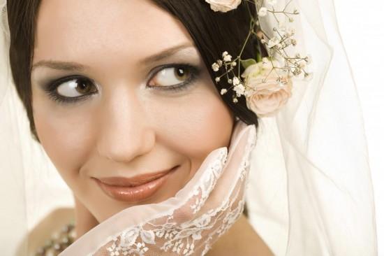 Свадебный макияж: правильное нанесение основы