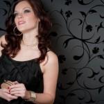 Черный цвет одежды в гардеробе и его преимущества
